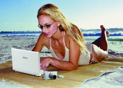 EEE PC Beach Girl